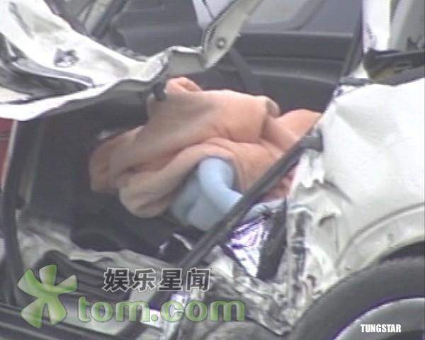 许玮伦_CCTV.com-许玮伦车祸过程曝光 女助手急于推卸责任(图)