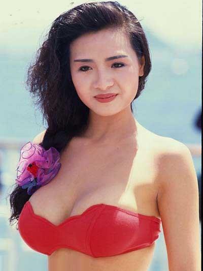 CCTV.com-追忆那些穿回衣服的三级片艳星们