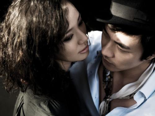 情侣亲吻头像 双人情侣