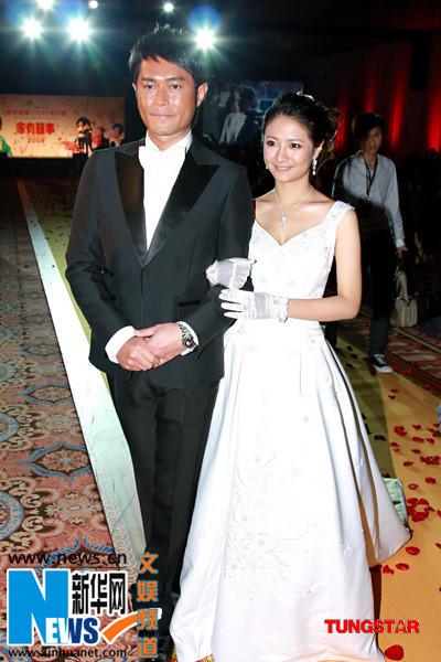 家有喜事2009 拍竣 吴君如被逼问何时结婚