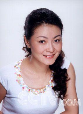 跨台的组合有:王小骞,央视《为您服务》主持人.