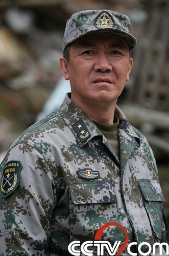 李幼斌扮演指挥长梁志东