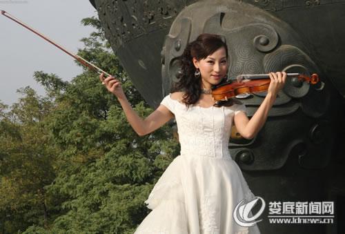 小提琴美女歌手陈菲